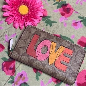 Coach LOVE medium zip around wallet monogram print